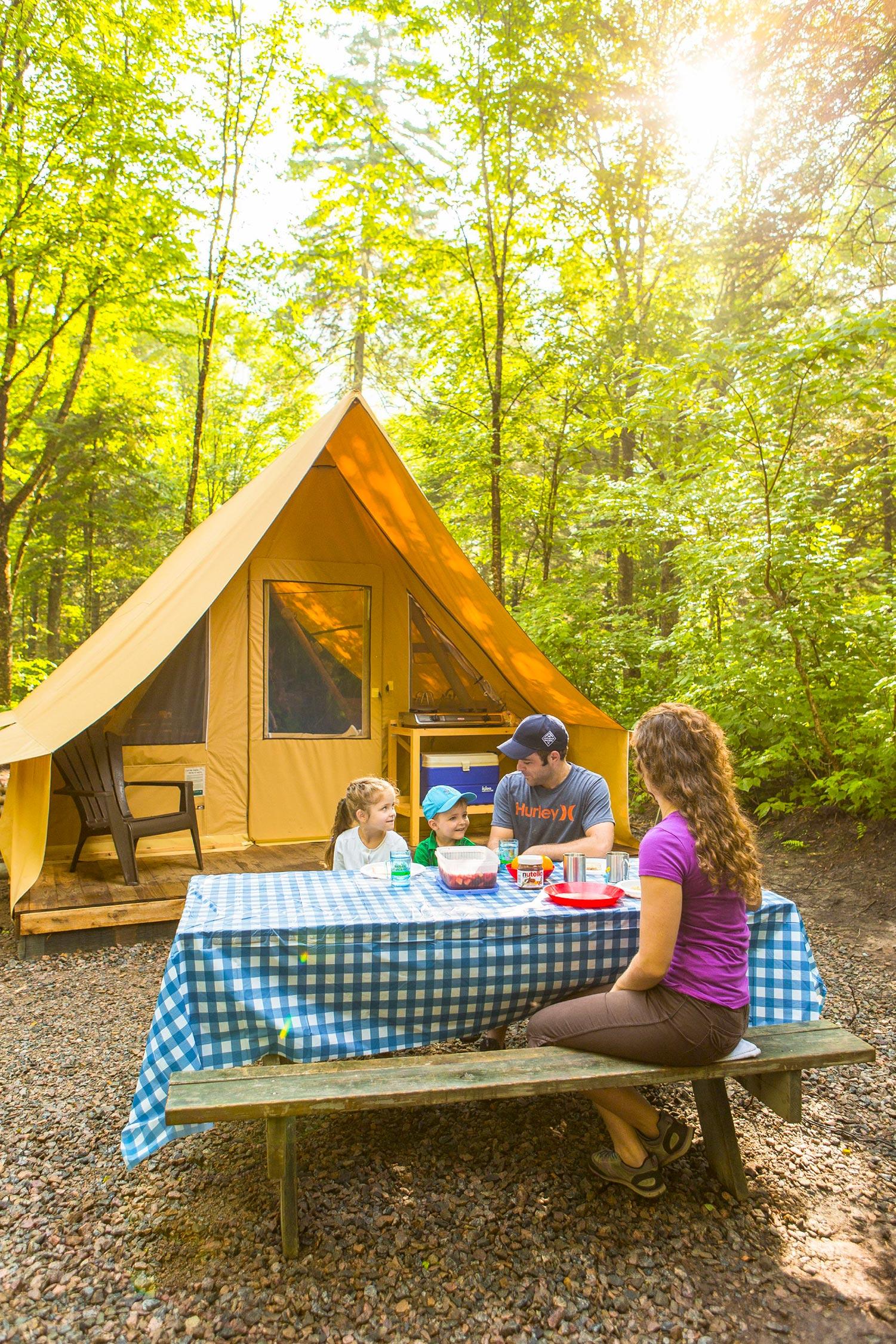 Prêt-à-camper dans le parc national du Mont-Tremblant
