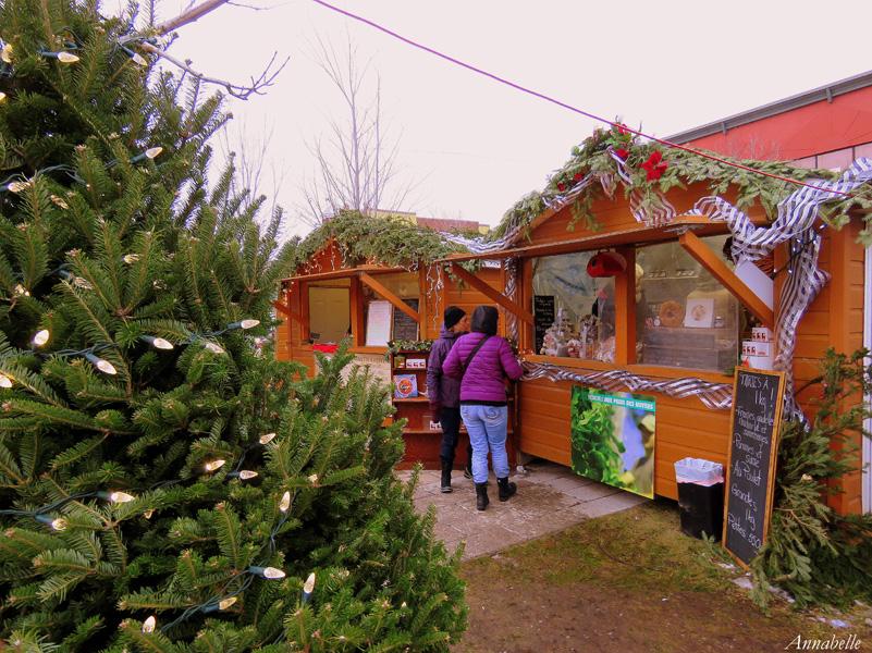 Marche-de-noel-Joliette-cabane