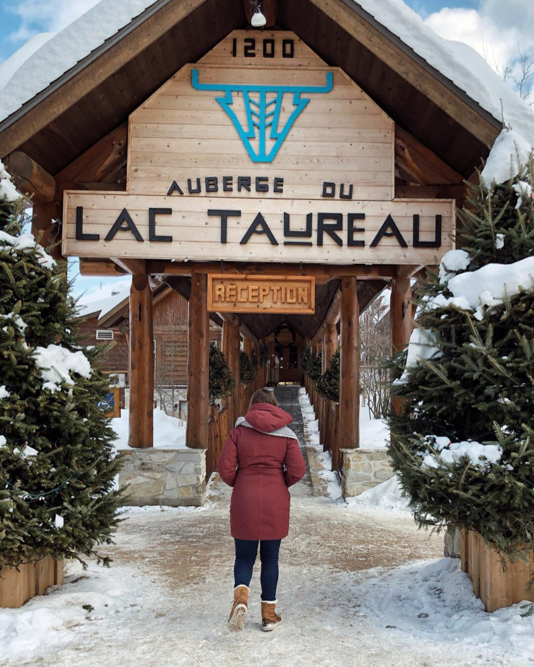 Réception de l'Auberge du Lac Taureau en hiver